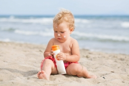 Protecting babbies effectively with sunnscreen